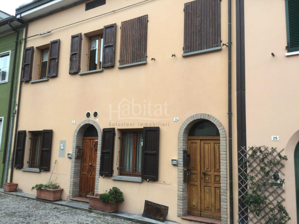 Appartamento con ingresso indipendente, via san martino, Cesena